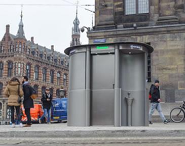 vrouwenurinoir bij Paleis op Dam Amsterdam